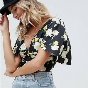 ASOS V-Front Floral Angel Sleeve Top, size Small